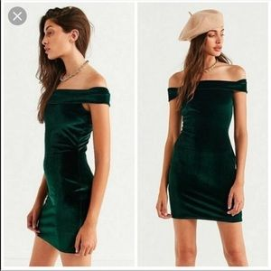 Urban Outfitters Velvet Bodycon Dress (A2)